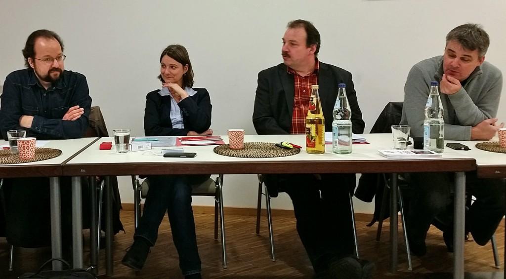 Michael Schütze, Katja Karger, Uwe Bauer, Gert Kekstadt (von links); Photo: Simone Gündüz